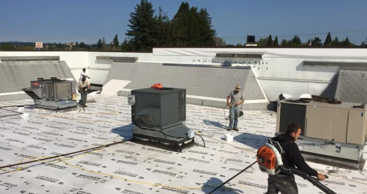 offers commercial roofing